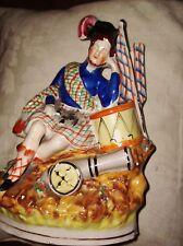 Vittoriano Staffordshire? Ceramica Piatto Retro LGE FIGURINA SOLDATI SCOZZESI SOGNO