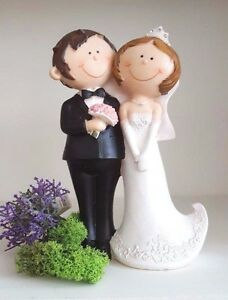 Romantic Cake Topper Bride Groom Couple Figurine Wedding Decoration Mr&Mrs New