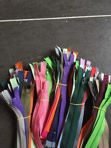 Gros Lot 100 Fermetures éclair / à glissières en 14,18,20,35,40 et 55cm.