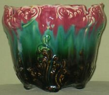 ANTIQUE UNMARKED ROSEVILLE BLENDED MAJOLICA JARDINIERE FOOTED BLACK GREEN ROSE
