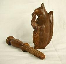 Casse-noix, sculpture d'écureuil en bois Nutcracker, squirrel Martinach 17 cm
