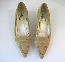 The Original Car Shoe Women's Tan Suede Pumps Kitten Heel Size 39