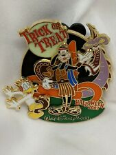 Disney Halloween 2007 Trick or Treat Goofy Donald Dragon Pin