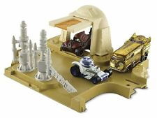 Hot Wheels Star Wars Mos Eisley Junction Play Set DYY76