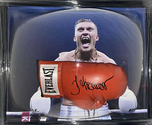 Signed Framed Oleksandr Usyk Boxing Glove Bellew Chisora