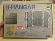 Wave H Hangar Grey/gray display stand/chain base by Wave