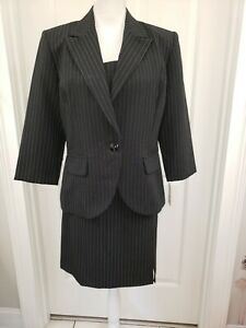 Suits Us 3 Piece juniors Womens suit black with white pin stripe Size 13 14 NWT