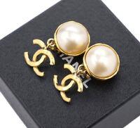 CHANEL CC Logos Pearl Dangle Earrings Gold Tone Vintage 93A w/BOX v1923