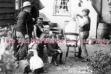 ES 266 - The Village Barber At Great Totham, Essex - 6x4 Photo