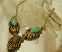 Very Coool Vintage 40's Green Art Glass Thermoset Repousse Design Necklace 44s7