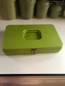 vintage Wilson lime green sewing thread and bobbin holder with supplies