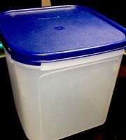 TUPPERWARE NEW USA VINTAGE MODULAR MATES #1621 CONTAINER 17 CUPS W BLUE SEAL