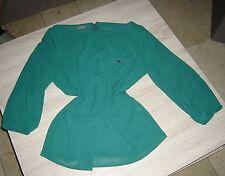 Damen Bluse in Chiffon, Farbe grün ,3/4 -Arm ,mit Zierknöpfen,Größe 46