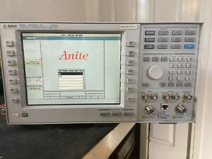 Agilent 8960 Series 10 E5515C Wireless Comms Test Set opt:002,003 With Manual(8)