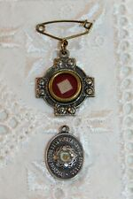 More details for 2 x vintage reliquary, cloth of mary mazzarello medal / pin & st james pendant