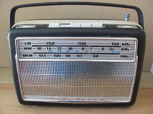 Schönes NORD-MENDE--Kofferradio mit Holzgehäuse  TRANSITA de LUXE