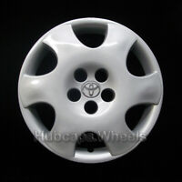Toyota Corolla 2003-2004 Hubcap - Genuine Factory OEM 61122 Wheel Cover - Silver