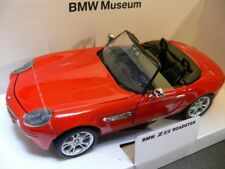 1/24 Motor Max BMW Z8 Roadster rot BMW Museum 73257