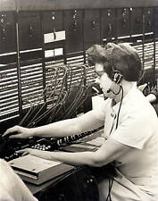 ORIGINAL 1940s PHOTO-WOMAN WORKING-SWITCHBOARD OPERATOR