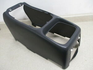 For 2002-2006 Chevrolet Avalanche 1500 Center Console Insert Dorman 18277VM 2004