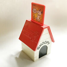 Vintage Snoopy / Peanuts Dog House Toy With Three Pop Up Pictures.