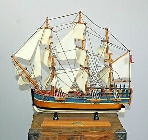 HMS Endeavour wooden nautical model on stand sailing ship linen sails rigging