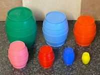 VINTAGE 1960's/70's COLOURED BARRELS TOY WITH SMALL HIDDEN RABBIT VGC FOR AGE