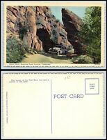 CALIFORNIA Postcard - Portal Rock, Entering Palm Canyon, Car / Automobile O31