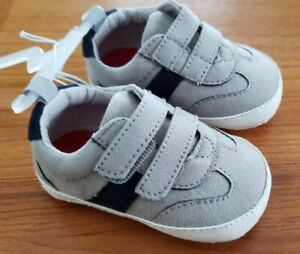 NEW Old Navy Baby Boys 0-3 3-6 MONTHS Crib Shoe Sneakers GRAY Navy Shoes #21321
