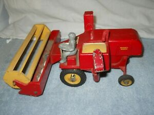 Vintage Massey Harris Self Propelled Combine 1/25th Scale Produced by King 1946
