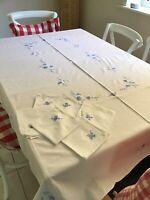 Vintage White Cotton Tablecloth/6 Napkins - Applique - Cutout Lace 170cm x120cm