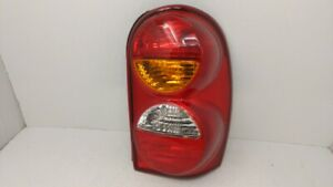 2002-2004 Jeep Liberty Passenger Right Side Tail Light Taillight Oem 71658