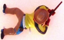 Western Hero Cowboy & his rifle wind up crawling toy 6½x4 yellow shirt WATCH HIM