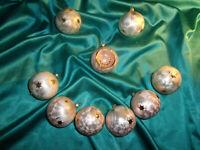 ~ 9 alte Christbaumkugeln Glas Eislack rosa weiß perlmutt Sterne gold Reflektor
