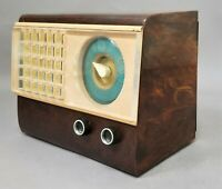Vintage Emerson Catalin Tube Radio Model 502 GWC