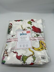 Pottery Barn Kids Dr. Seuss the grinch and max organic cotton queen sheet set