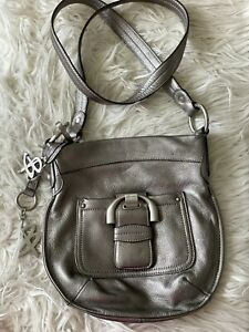 B Makowsky leather handbag Silver Metallic Crossbody