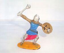 Figurine ancienne JIM série moyen age : piéton avec bouclier et masse d'arme