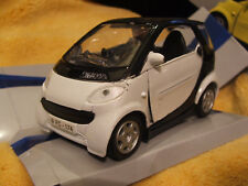 Smart Car Fortwo White & Black by Supergear™