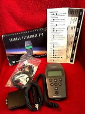 TRIMBLE NAVIGATION FLIGHTMATE GPS WITH PILOT GUIDE AND CHARGER