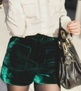 TOPSHOP Women Shorts Green Velvet UK 6 Party Occasion Evening Blogger EU 34 NEW
