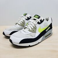 NIKE Mens Size US 9.5 / UK 8.5 / EUR 43 Air Max 90 Essential Sneakers Shoes