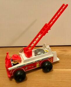 Vintage Fisher Price Little People Play Family Fire Engine #720