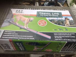 Dog Pet Ramp Plastic Folding Lightweight Bi Fold Strong Travel Car Ramp Boxed