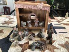 Sarah'S Attic 14 Piece Nativity Scene With Manger
