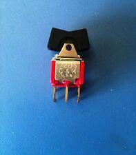 7205 C&K 7205J1AQE2 SWITCH ROCKER MOM OFF MOM DPDT PC PINS LNG RCKR 5A 250VAC