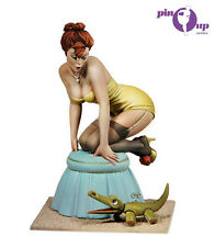 Andrea Miniatures Mind the Crocodile Pin Up-30 80mm Model unpainted kit