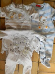 lot 19 - 2 pyjamas et 1 surpyjama- 9 mois