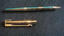 Stylo plume WATERMAN DG argent massif / laque bleue. Etat exceptionnel. Ecrin