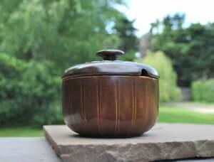 Wedgwood Pennine lidded sugar bowl - Retro tableware